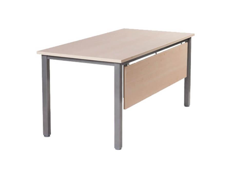 Solidne biurko Classic - Wypożyczalnia mebli biurowych