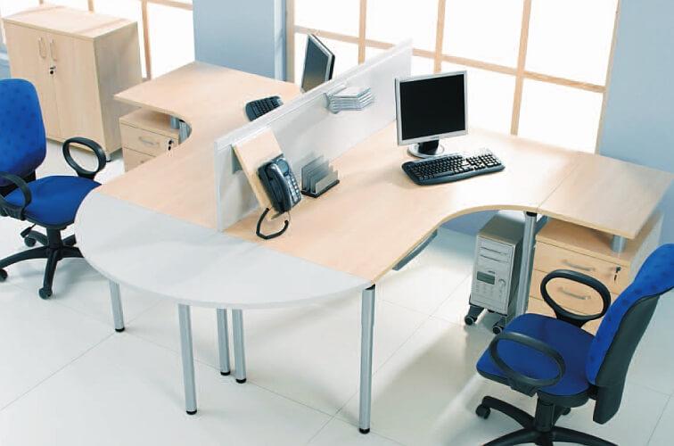 Narożne biurko komputerowe Crosso - Wypożyczalnia mebli biurowych